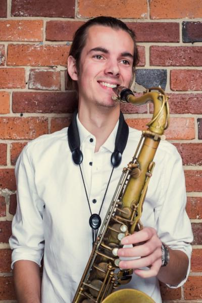 Saxophone for weddings