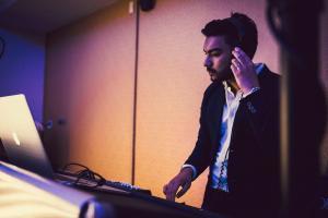 Sax & DJ Live